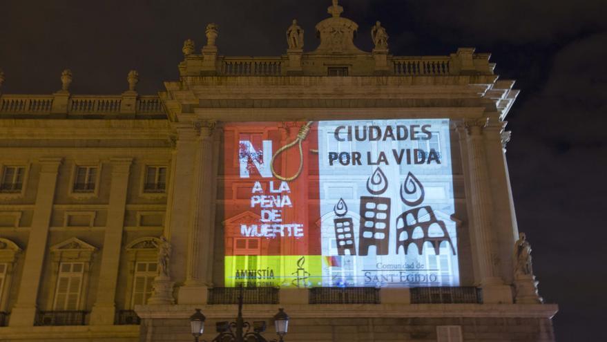 En Madrid, iluminación del Palacio Real en 2012 © Roberto Gil