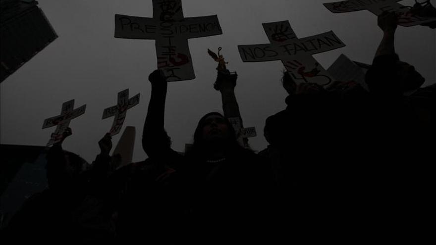 Católicos mexicanos piden fin a violencia y solución por 43 desaparecidos