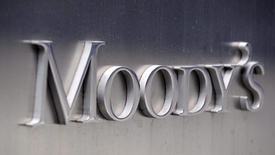 """Moody's seguirá revisando la nota de España """"hasta final de septiembre"""""""