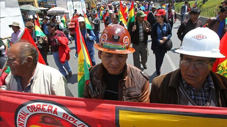 Sindicatos bolivianos rechazan ampliar el plazo para el pago del doble aguinaldo