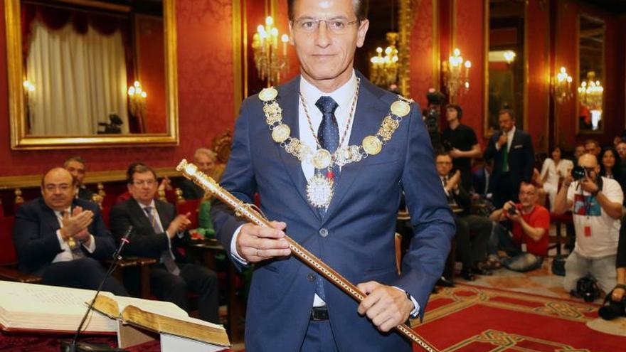 Ciudadanos logra el Ayuntamiento de Granada con el apoyo de PP y Vox