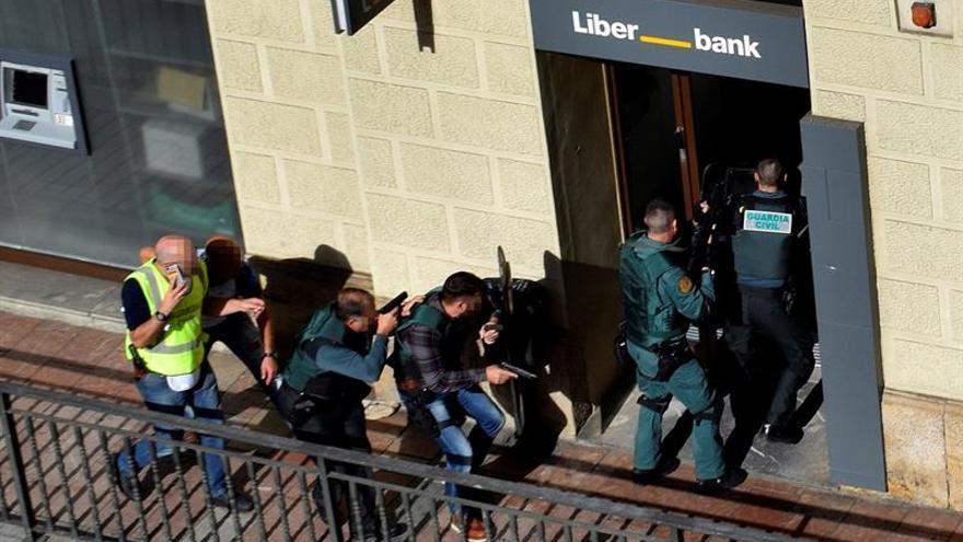El atracador detenido en Cangas de Onís pasará mañana a disposición judicial
