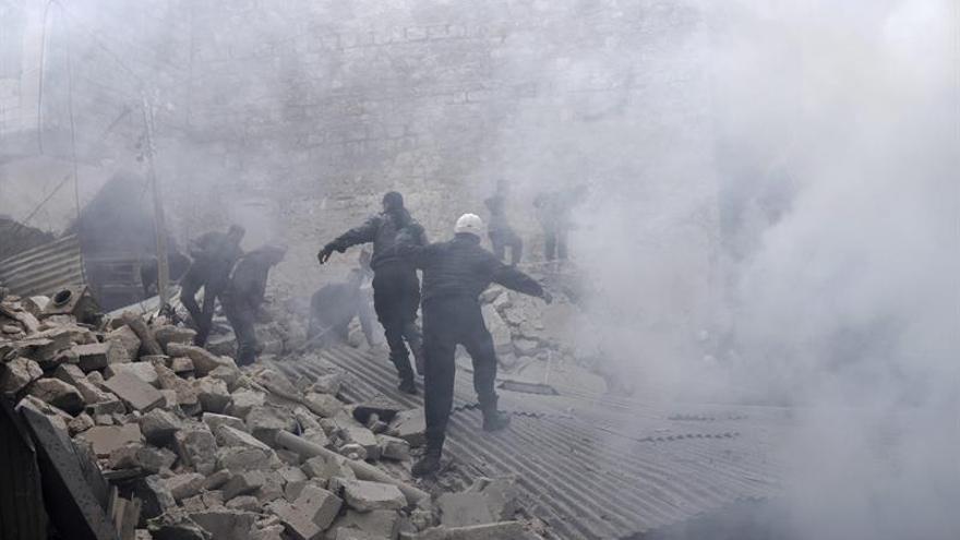 Aviones no identificados bombardean dos hospitales al oeste de Alepo