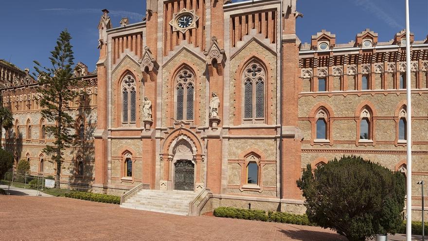 Ajudicada en 3,1 millones a una UTE de Sacyr la rehabilitación de la Iglesia del Seminario Mayor de Comillas