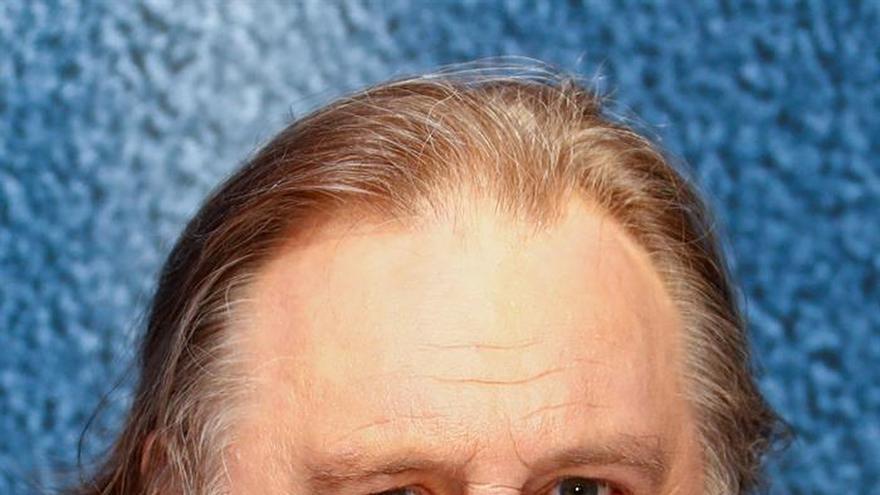 El actor francés Depardieu apoya a ministro peruano frente a la moción de censura