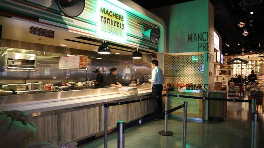 El chef mexicano Richard Sandoval lleva a Chicago (EE.UU.) sabores iberoamericanos