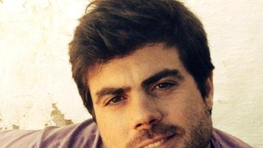 José Luis Gibello es abogado, miembro de IU y activista