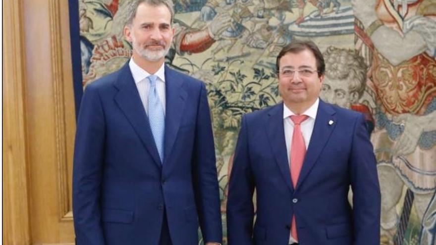 El Rey inicia con Fernández Vara su ronda de audiencias con los presidentes autonómicos