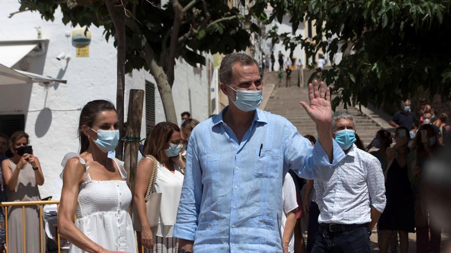 Primer acto de los reyes en Ibiza tras conocerse el paradero de Juan Carlos I