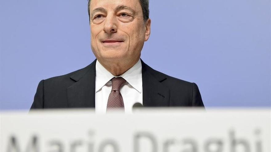 Draghi: la volatilidad de tipos de cambio es fuente de incertidumbre