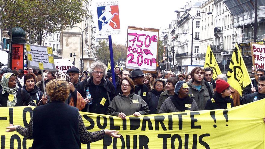Manifestación del movimiento Droit au Logement (DAL) en París . Foto: Julien Brachhammer vía Flickr