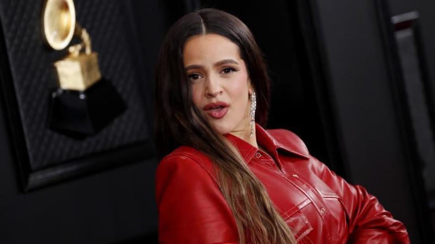 Rosalía,  flecos y flamenco en los Grammy