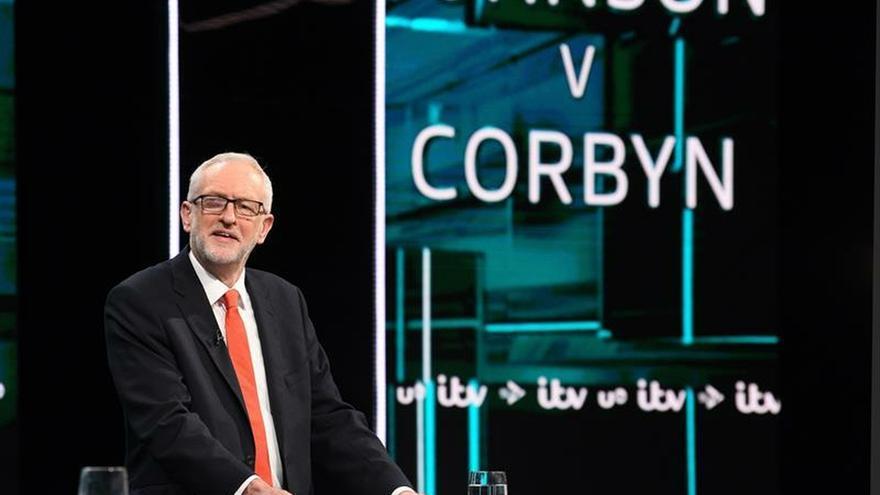 """Johnson y Corbyn contraponen sus planes para salir del laberinto del """"brexit"""""""