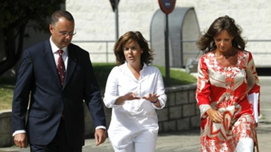 Soraya Sáenz de Santamaría visita las instalaciones del BOE