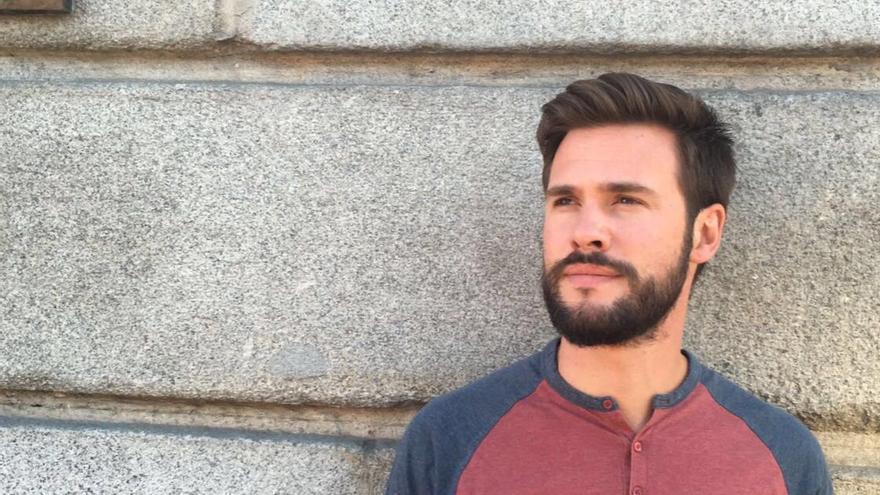 Álvaro Martínez dejó de estudiar al terminar la ESO y ahora, con 30, retomará los estudios. / Foto cedida