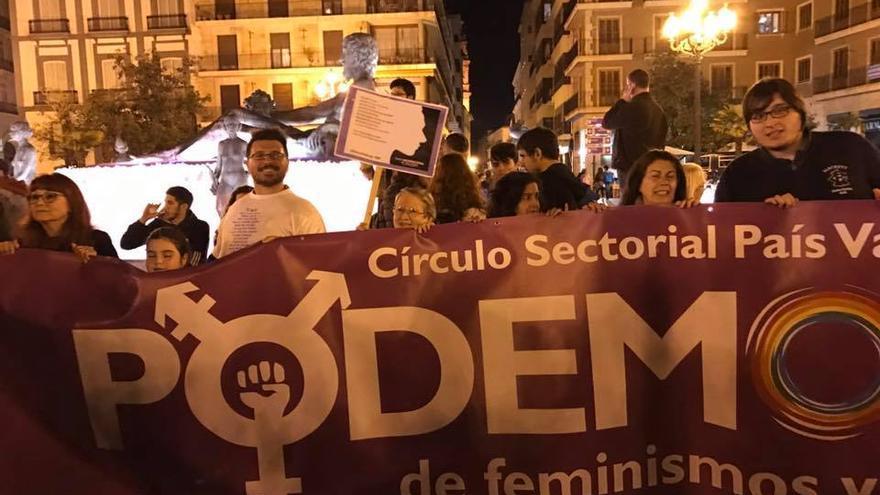 El Círculo Feminismos y LGTBI del País Valenciano en la manifestación de 8 de marzo en Valencia.