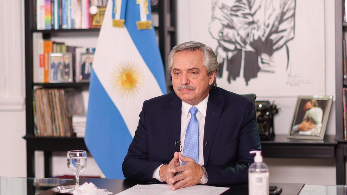 Alberto Fernández al anunciar nuevas restricciones en cadena nacional