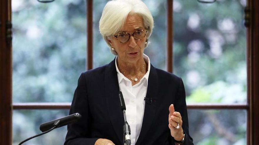 """Un """"brexit"""" duro restaría hasta un 8 % del PIB británico a largo plazo, según el FMI"""