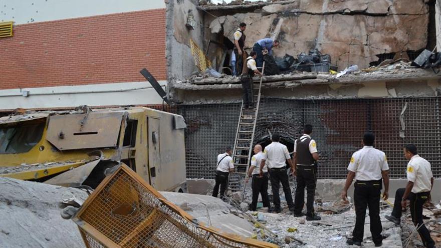 """Sube a 14 el número de detenidos por el """"robo del siglo"""" en Paraguay"""