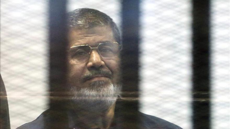 El expresidente egipcio Mursi, condenado a muerte por huir de la cárcel durante la revolución de 2011