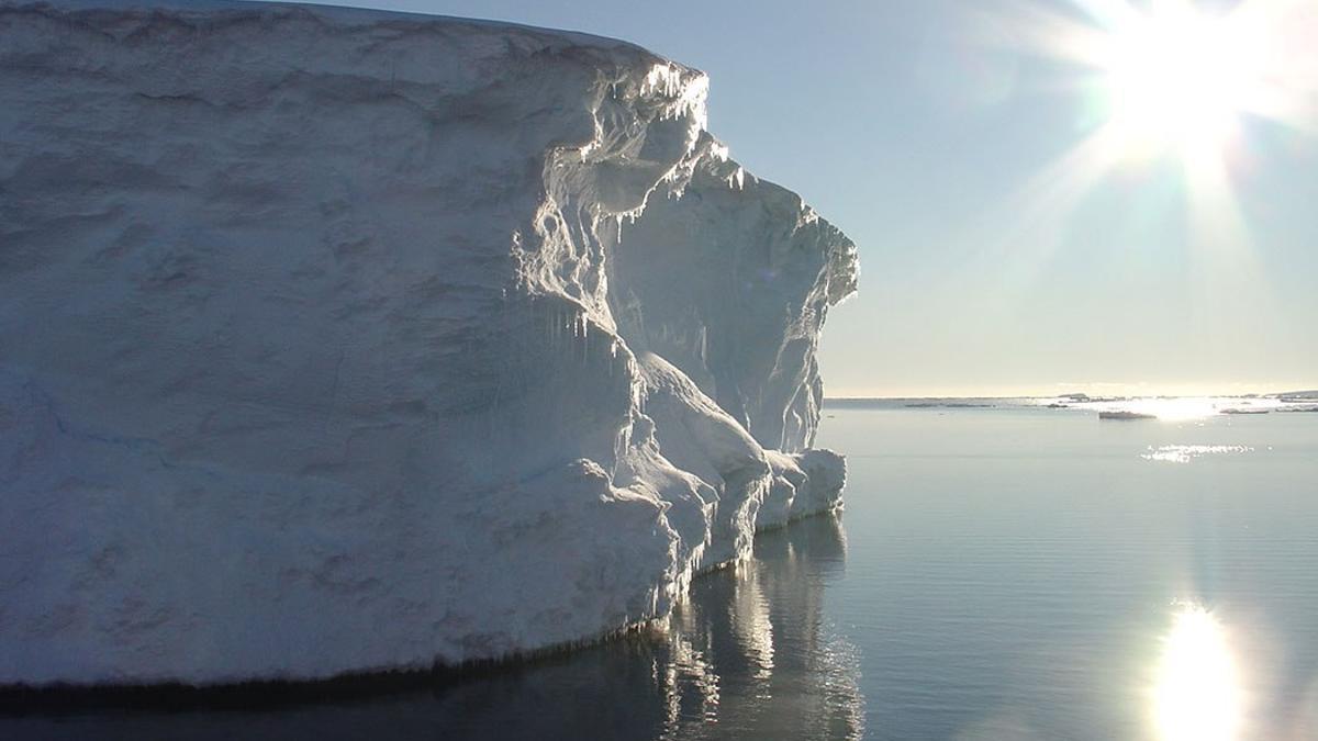Amanecer en la Antártida.