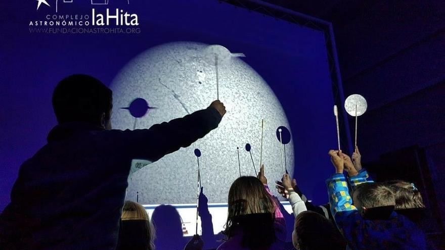 La Hita cumple 20 años de investigación y divulgación científica con el sueño de construir material astronómico