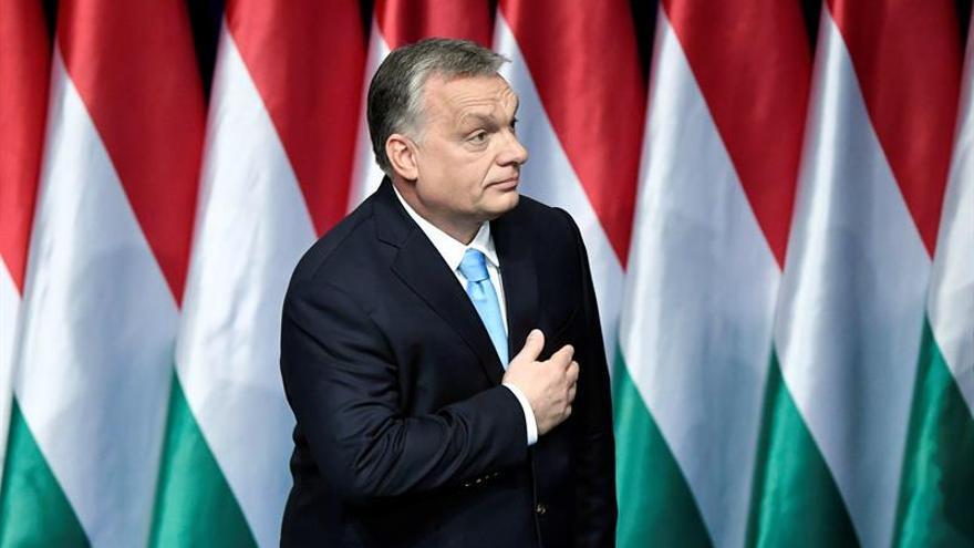 """Orbán: tras las elecciones europeas habrá que frenar el """"declive"""" de Europa"""