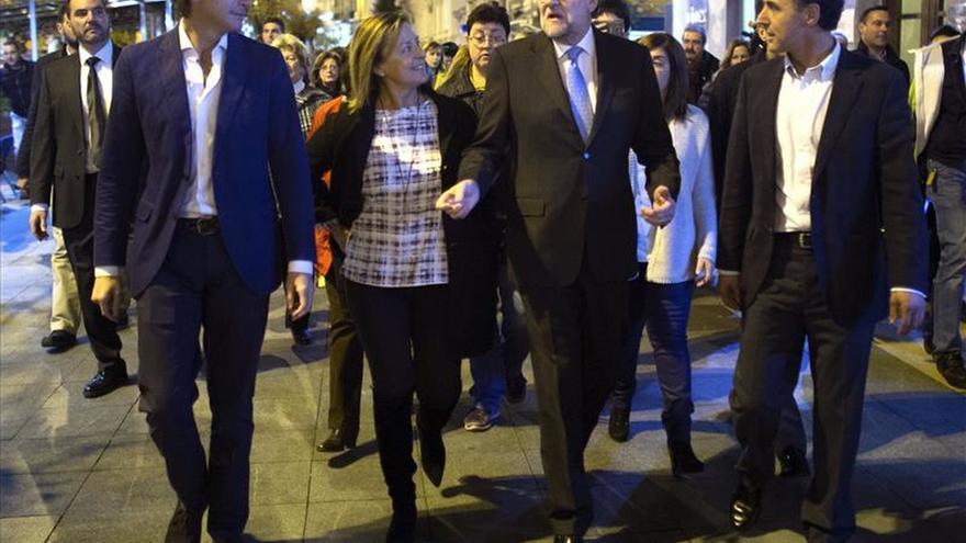 """Rajoy pide """"apretar"""" en el sprint final y avisa que el 20D no es una """"cita a ciegas"""""""