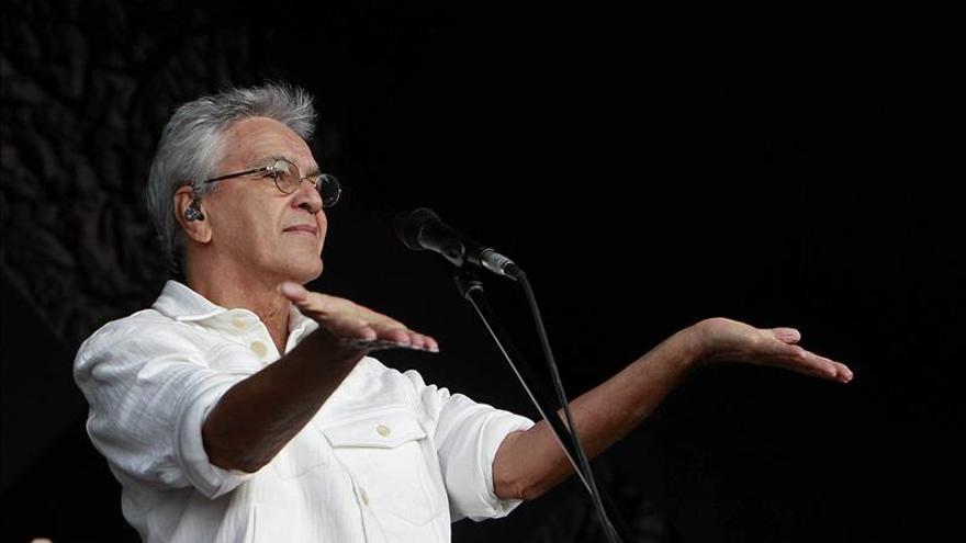 Caetano Veloso dice que no tocará más en Israel y los judíos le critican