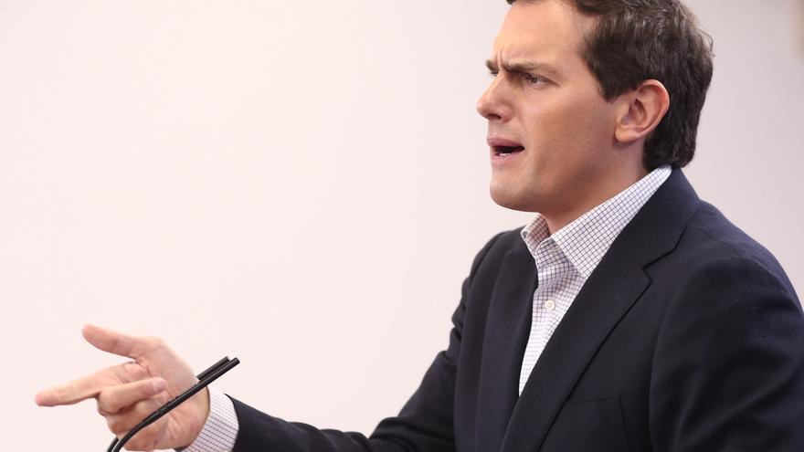 """Rivera lamenta que Nart no renuncie al escaño en el Parlamento Europeo pero lo considera un """"tema resuelto"""""""