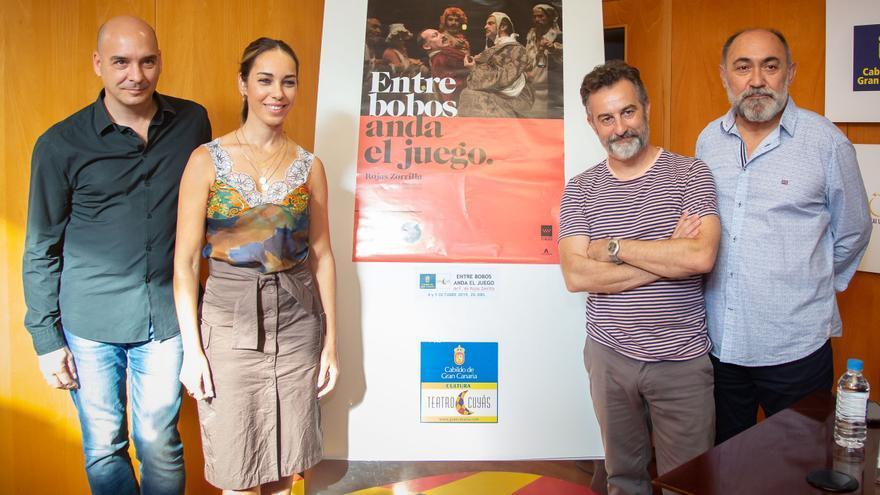 Presentación de 'Entre bobos anda el juego', que abre la temporada del mes de noviembre del teatro Cuyás.