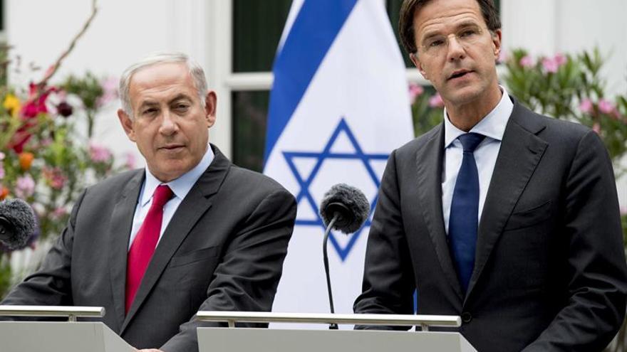 """Netanyahu insiste en su voluntad de reunirse con Abás """"sin condiciones"""""""