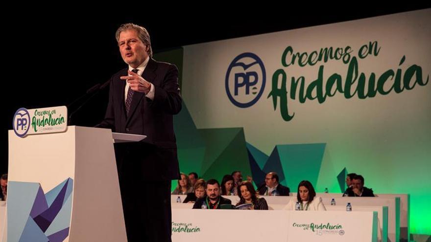 """Méndez de Vigo lamenta """"las ganas de destruir"""" de los partidos frente al proyecto del PP"""
