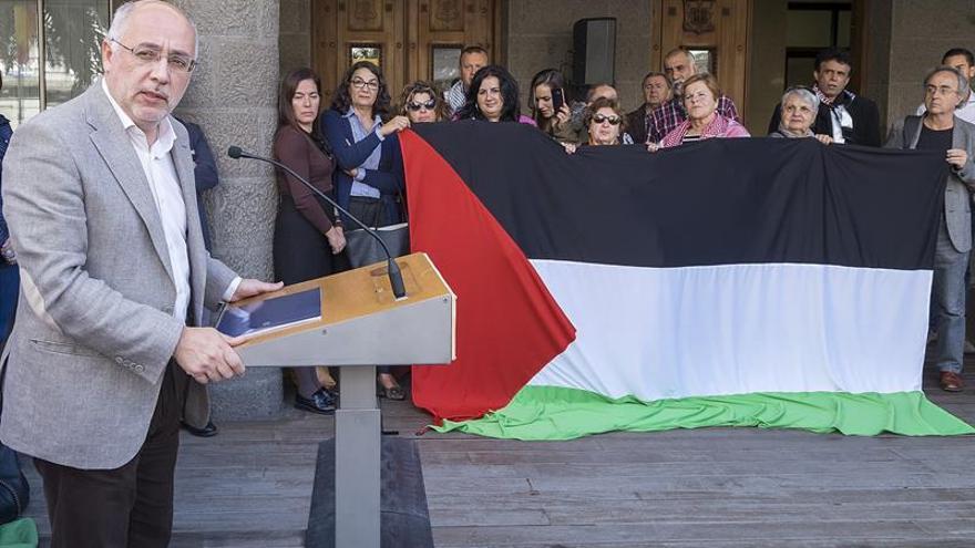 Un recurso del Gobierno impide izar la bandera de Palestina en un cabildo