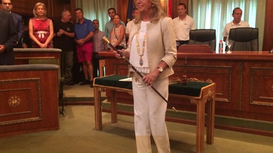 Ángeles Muñoz (PP), nueva alcaldesa de Marbella al prosperar la moción de censura al PSOE