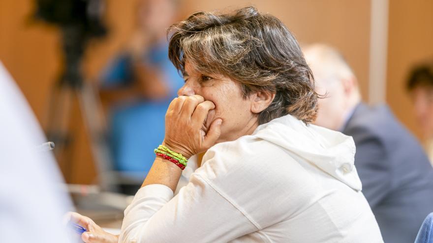 """Patricia Barber, profesora de la ULPGC: """"La sanidad no puede estar bailando al son de la cúpula política"""""""