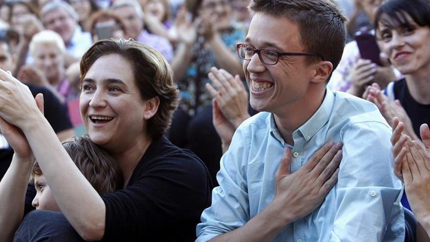 Colau: El voto puede cambiar la vida, está en manos de la gente echar al PP