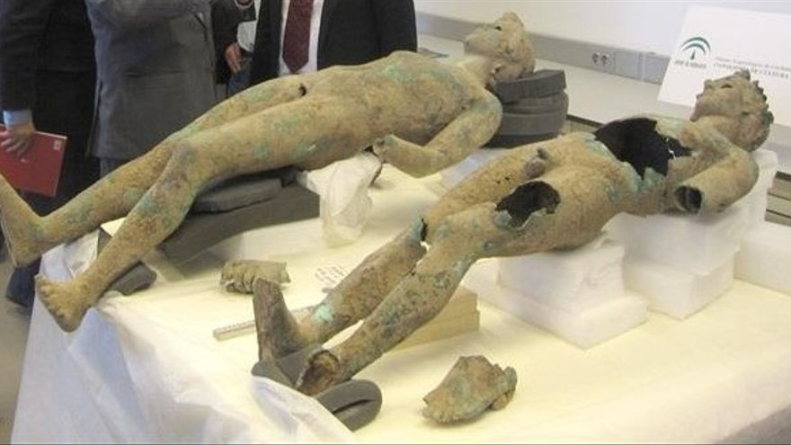 A juicio en septiembre dos acusados de intentar vender dos efebos romanos hallados en Pedro Abad