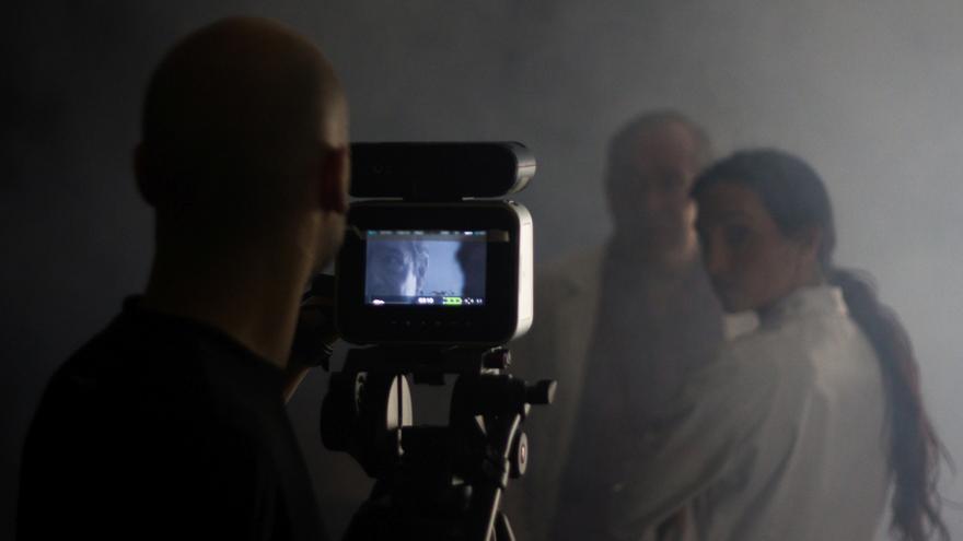 'Homónimos anónimos' se estrenará en la Filmoteca de Cantabria.   Óscar Buenaposada