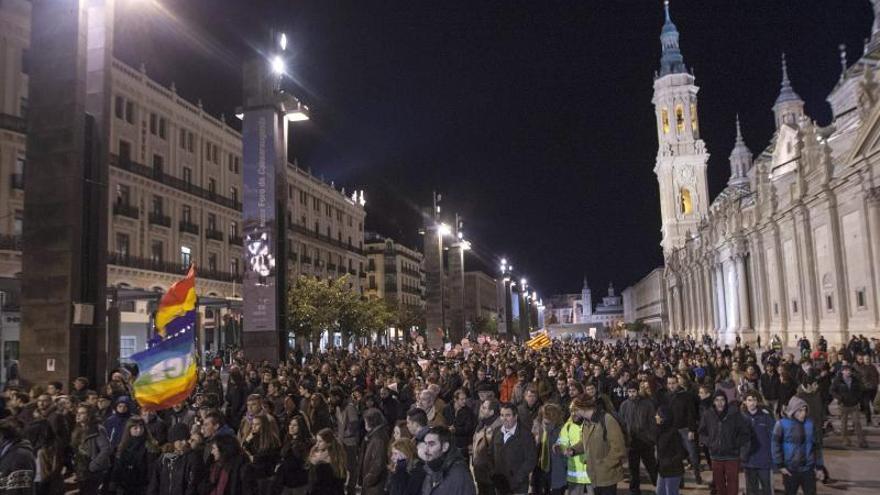 Cuatro detenidos y un policía herido en los disturbios ocurridos en Zaragoza