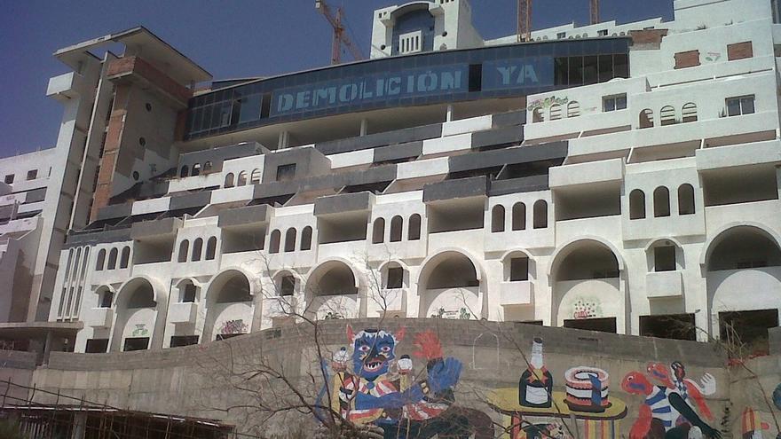 El TS decide este martes si el hotel del Algarrobico se asienta en suelo urbanizable o protegido