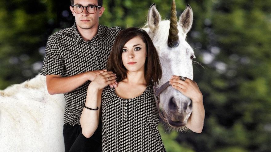 """Estas camisetas de unicornios """"protegen de magia negra y encantamientos malignos"""""""