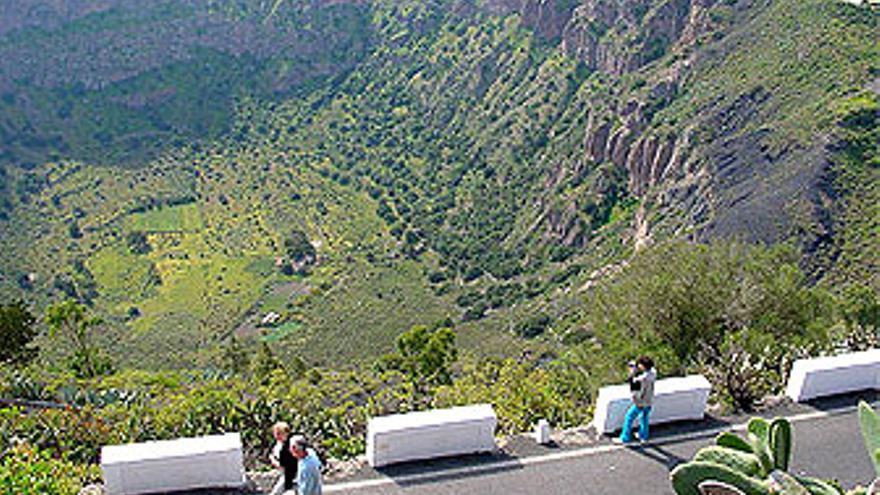 Vista de la Caldera de Bandama. (WIKIPEDIA)