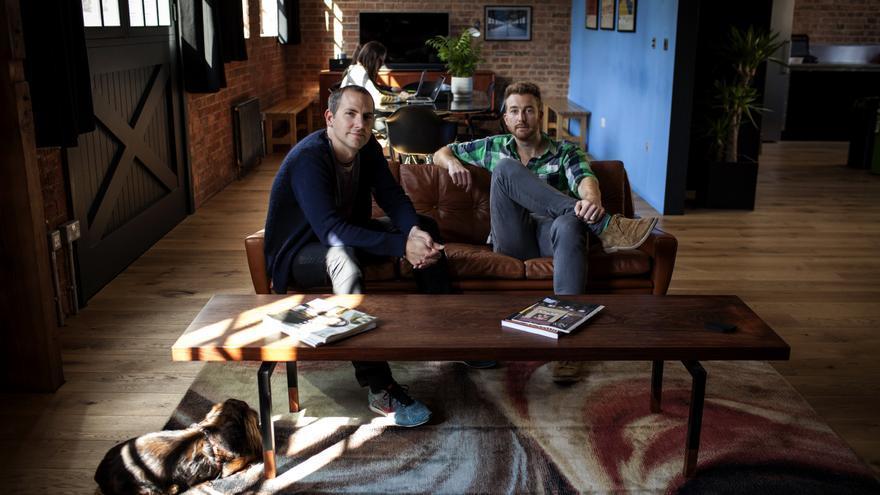 Paul Clement y Nick Sabine, fundadores de Resident Advisor (2001), el mayor portal especializado en música electrónica del mundo.