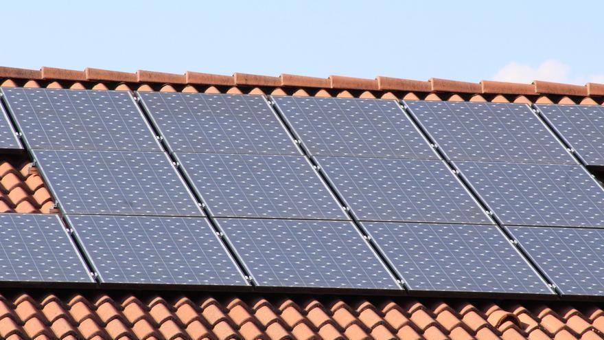 El autoconsumo reduce el coste de la generación de energía y su impacto ambiental.