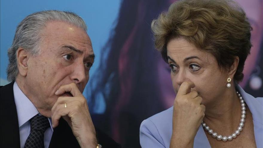 """Rousseff dice que espera la """"absoluta confianza"""" de su vicepresidente"""