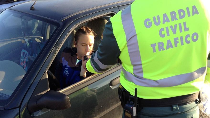 El 29% de los conductores de Navarra reconoce coger el coche después de haber bebido alcohol, según un estudio