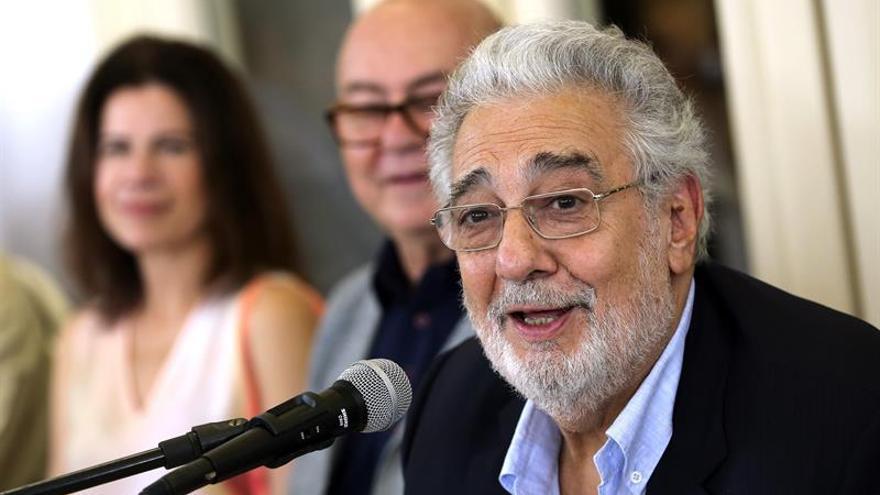 Plácido Domingo cumple su ilusión de cantar a Cuba, que ya adoró a sus padres