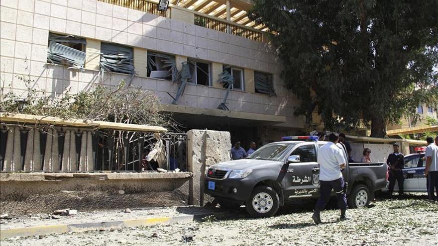 El Gobierno libio informa de 9 muertos y 49 heridos en choques en Bengasi