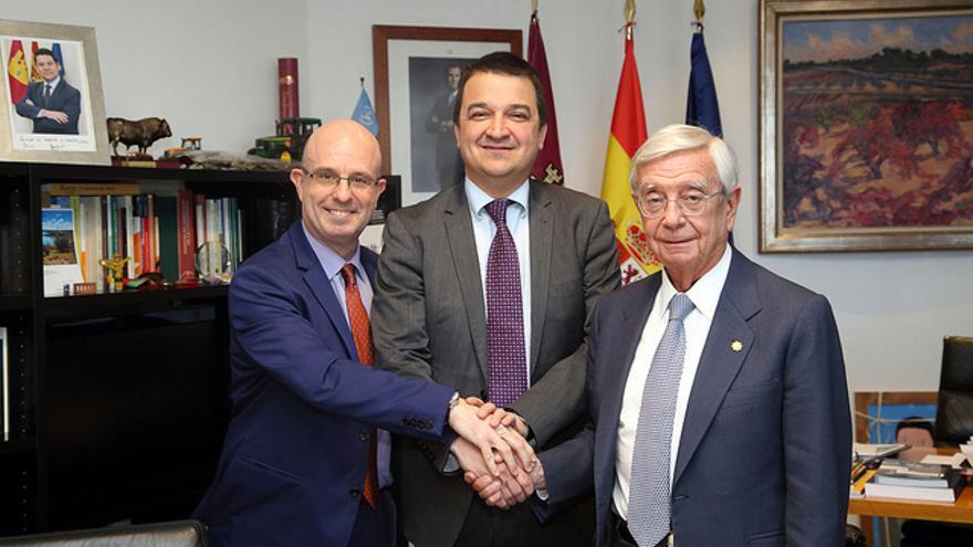 Rafael Ansón, Francisco Martínez Arroyo y Antonio Mateos